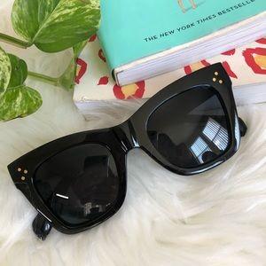 Accessories - Square sunglasses cat eye black gold studs
